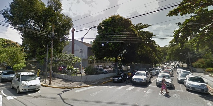 Rua Senador Alberto Paiva também terá uma faixa de rolamento interditada na terça-feira para obras da Compesa. Imagem: Google Street View (Set2017)