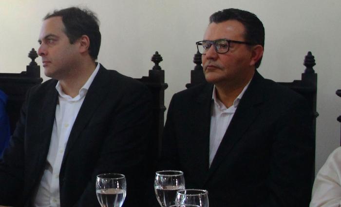 Paulo Câmara e Carlos Siqueira Foto: Karina Morais/especial/DP/arquivo