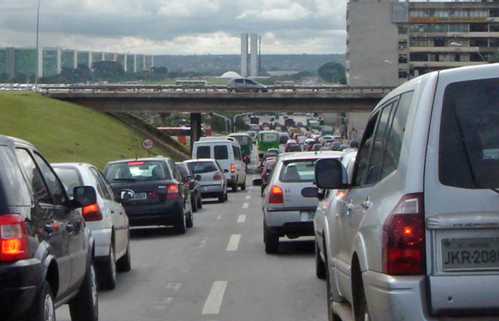 Segundo uma fonte europeia, nenhuma nova tarifa será imposta sobre as importações de carros europeus aos Estados Unidos. Foto: Reprodução/Internet