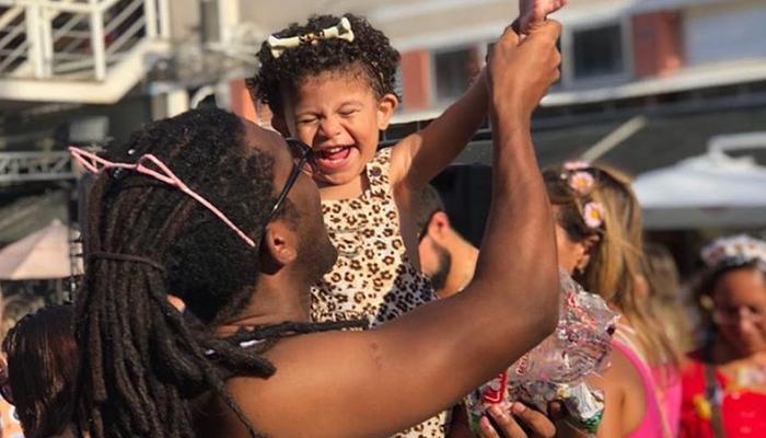 O racismo é estrutural e reproduzido pelas crianças de forma assustadora, disse o ator. Foto: Reprodução/Instagram