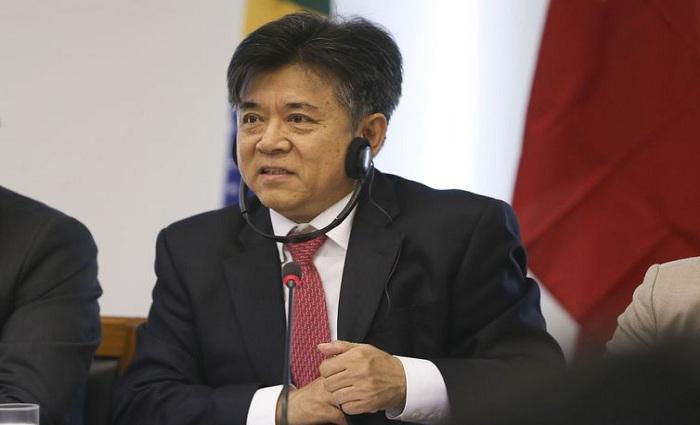O embaixador da China no Brasil, Li Jinzhang, disse que o país pode negociar a liberação de sobretaxas aos produtos brasileiros. Foto:José Cruz/Agência Brasil