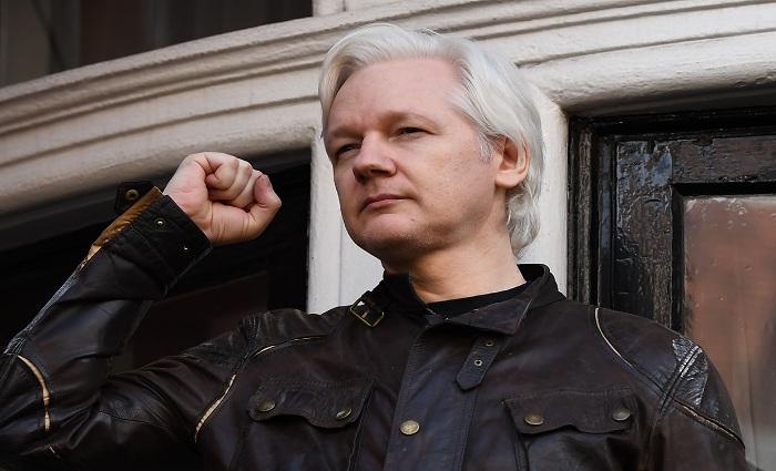 O ciberativista australiano teme acabar sendo extraditado para os Estados Unidos, por ter divulgado milhares de documentos secretos daquele país através de seu site WikiLeaks. Foto: Justin Tallis/AFP