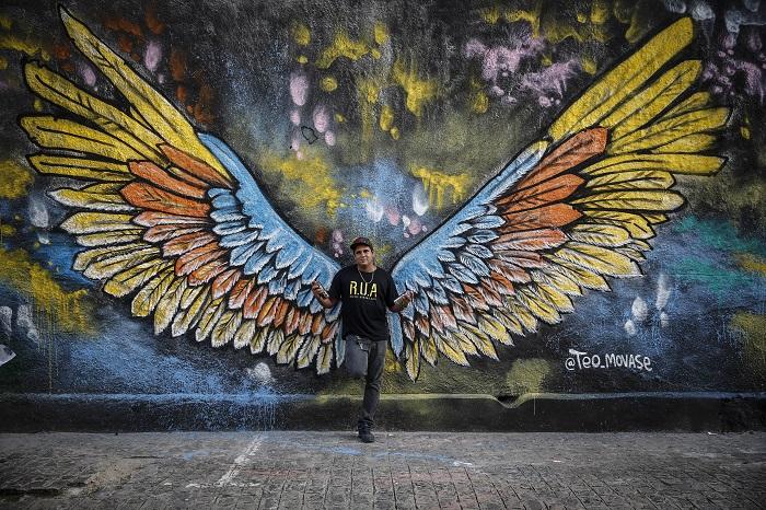 Téo Armando fez sucesso com a grafitagem na parede. Foto: Paulo Paiva/DP