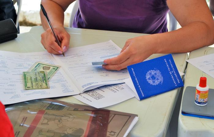 O número de empregados sem carteira (11 milhões) cresceu 2,6%  em relação ao trimestre anterior. Foto: Reprodução/Flickr