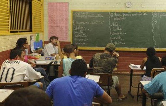 A maior parte dos professores não desenvolve atividades relacionadas à educação, mas a comércio, produções artísticas e prestação de serviços. Foto: Arquivo/Agência Brasil