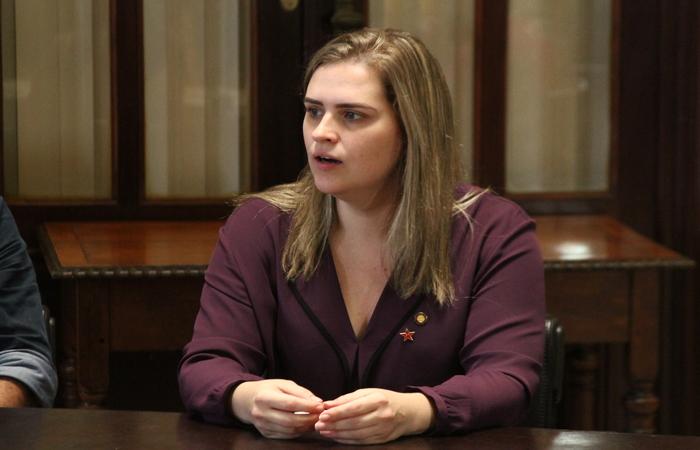 Marília diz não desistir e aliados já buscam um plano B