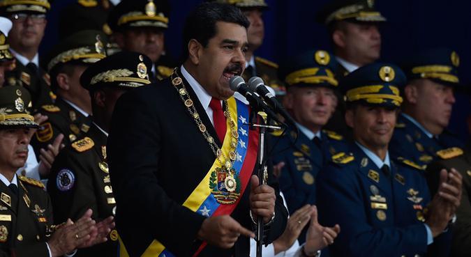 O presidente venezuelano, Nicolas Maduro, fez um discurso durante uma cerimônia em apoio à Guarda Nacional em Caracas. Foto: JUAN BARRETO
