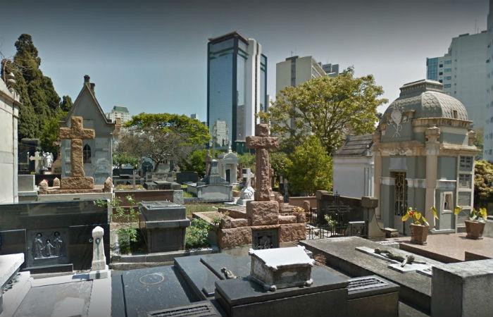 Cemitério da Consolação é um dos que passa pelo problema Foto: Google Street View / Reprodução