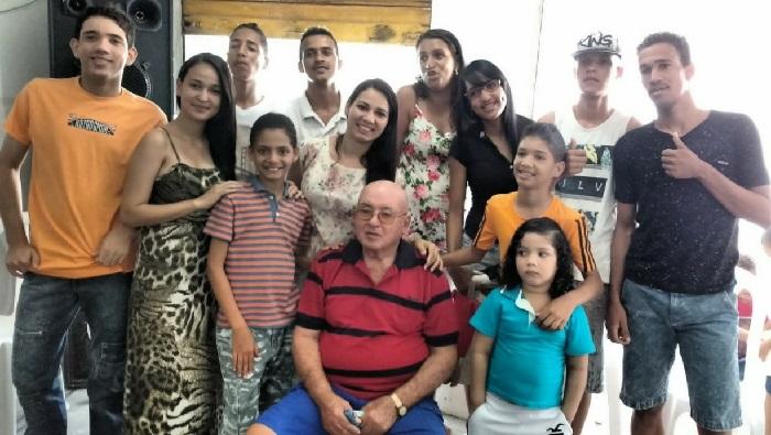 Severino Macário gostava de reunir a família, como em seu aniversário de 81 anos. Foto: Acervo da Família/Divulgação