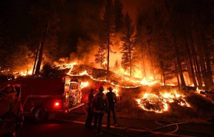 Segundo especialistas, os incêndios na Califórnia têm sido cada vez mais frequentes e intensos. Foto: Mark Ralston/AFP (Foto: Mark Ralston/AFP)