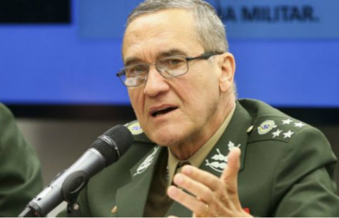Comandante do Exército, general Villas Boas, diz que os militares estão sendo alçados a se candidatar como consequência do momento nacional. MARCELO CAMARGO /EBC/ FOTOSPÚBLICAS