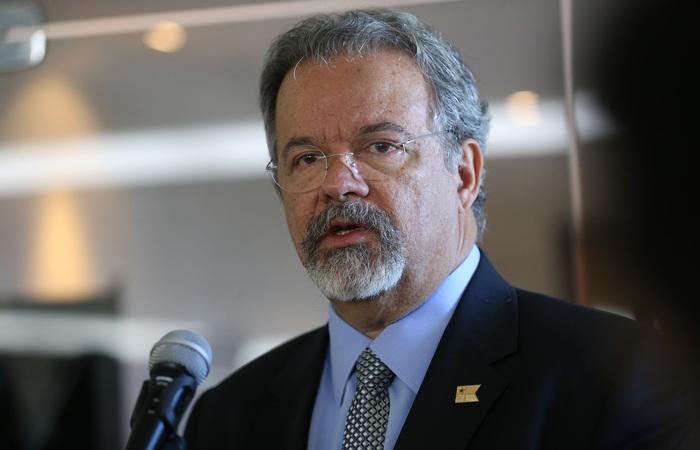 """""""Estamos dispostos a compartilhar essa responsabilidade, se quiserem"""", disse o ministro. Foto: Antonio Cruz/Agência Brasil (Foto: Antonio Cruz/Agência Brasil)"""