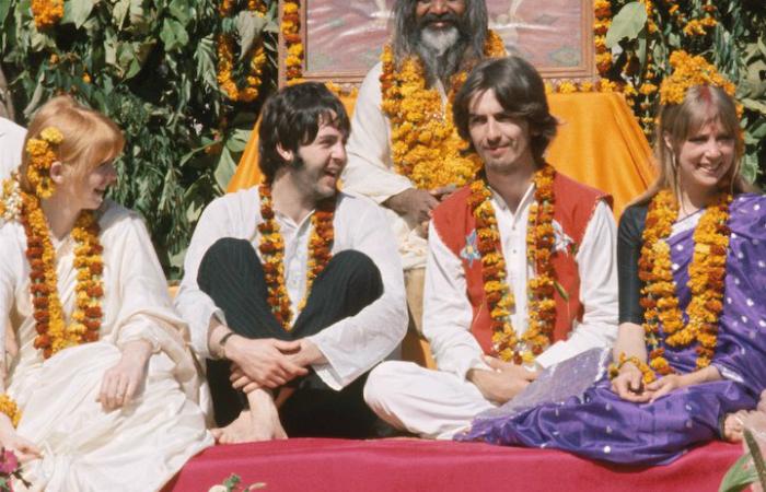 Paul McCartney e George Harrison no retiro, em 1967. Foto: Arquivo/Reprodução