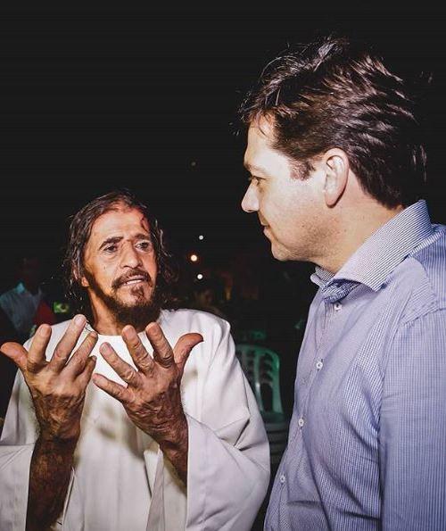 Prefeito do Recife Geraldo Julio e José Pimentel, no bairro do Recife. Foto: Andréa Rêgo Barros/ArquivoPCR