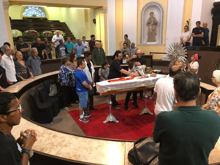 Corpo é velado na Assembleia Legislativa do Recife, na Boa Vista. Foto: Mabson Rodrigues/DP