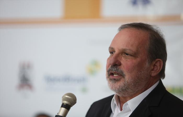 Armando Monteiro justificou a ausência afirmando que já estava com a agenda previamente definida. Foto: Hesíodo Goes/Esp DP