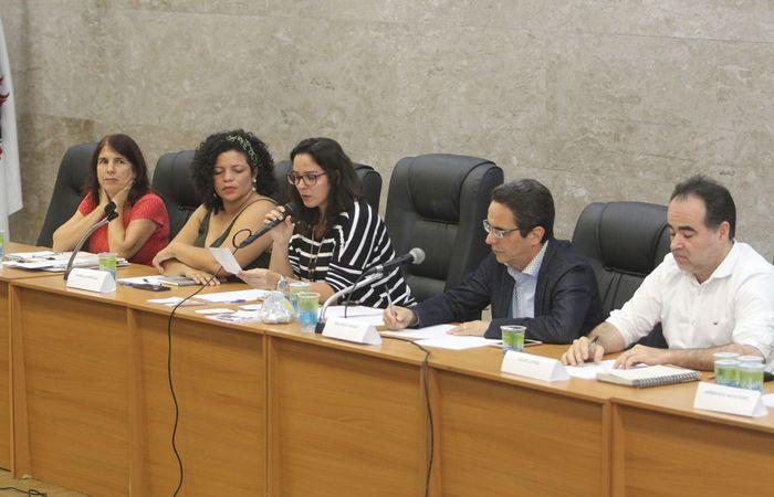 Entre as propostas apresentadas, os postulantes convergiram para a necessidade de melhorar o sistema de transporte público do estado. Foto: Nando Chiappetta/DP (Foto: Nando Chiappetta/DP)
