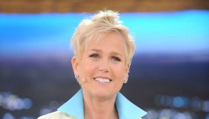 A apresentadora e cantora foi um dos destaques da emissora por vários anos. Foto: Reprodução/TV Record