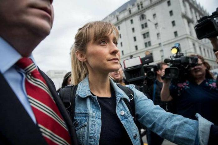 Allison admitiu que marcava participantes de seita com ferro quente (foto: Drew Angerer)
