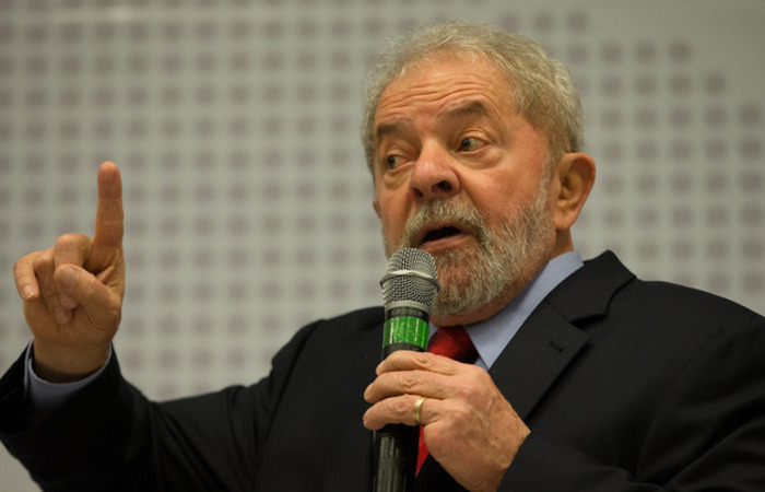 O ex-presidente Luiz Inácio Lula da Silva, preso e condenado a 12 anos e 1 mês de prisão, que se lançou candidato pelo PT, lidera a pesquisa. Foto: Reprodução/Flickr