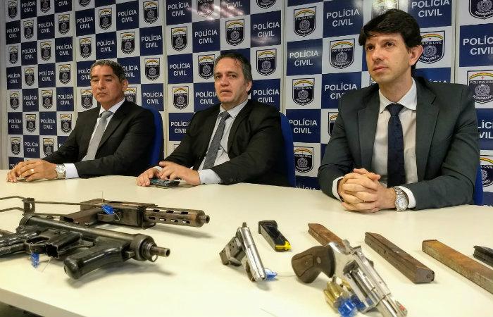 Armamento apreendido pela polícia. Foto: Divulgação/PCPE