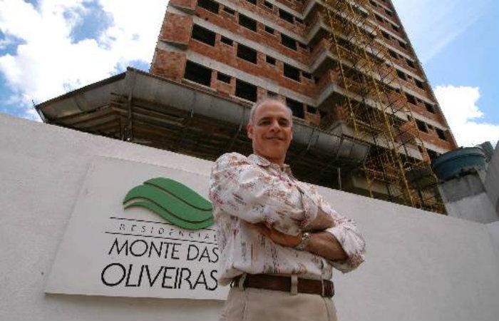Polícia diz que empresário foi assassinado dentro do seu apartamento em Boa Viagem. Foto: Julio Jacobina/Arquivo/DP