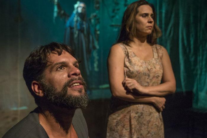 A peça foi escolhida pela Cia Fiandeiros de Teatro para celebrar seus 15 anos. Foto: Rogério Alves/Divulgação