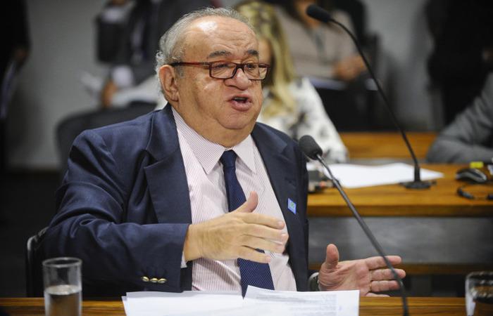 O deputado Heráclito Fortes (DEM-PI), investigado na Lava Jato, citou a venda de um avião para justificar a redução no patrimônio. Foto: Marcos Oliveira/Agência Senado