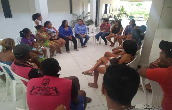 Famílias que tiveram que desocupar suas casas na Vila Negreiros estão reunidas em pousadas em Salgueiro. Foto: Divulgação