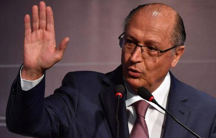Alckmin falou minutos antes de homenagem ao jornalista Otavio Frias Filho. Foto: Nelson Almeida/ AFP.