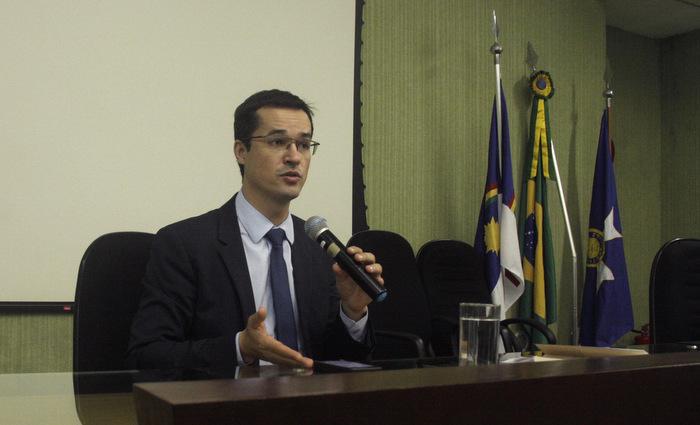 Procurador veio a Pernambuco participar de um evento com representantes de instituições públicas e privadas para discutir instrumentos de combate à corrupção Foto: Ascom/Ministério Público Federal