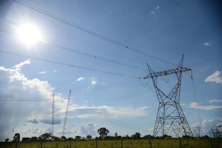 Foto: Linha de transmissão de energia - Fábio Rodrigues Pozzebom/Arquivo/Agência Brasil