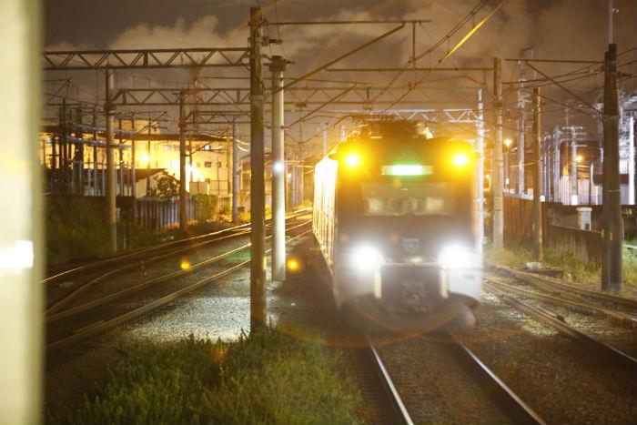 Local onde o acidente aconteceu, entre as estações Joana Bezerra e Recife, tem baixa iluminação. Foto: Peu Ricardo/DP.