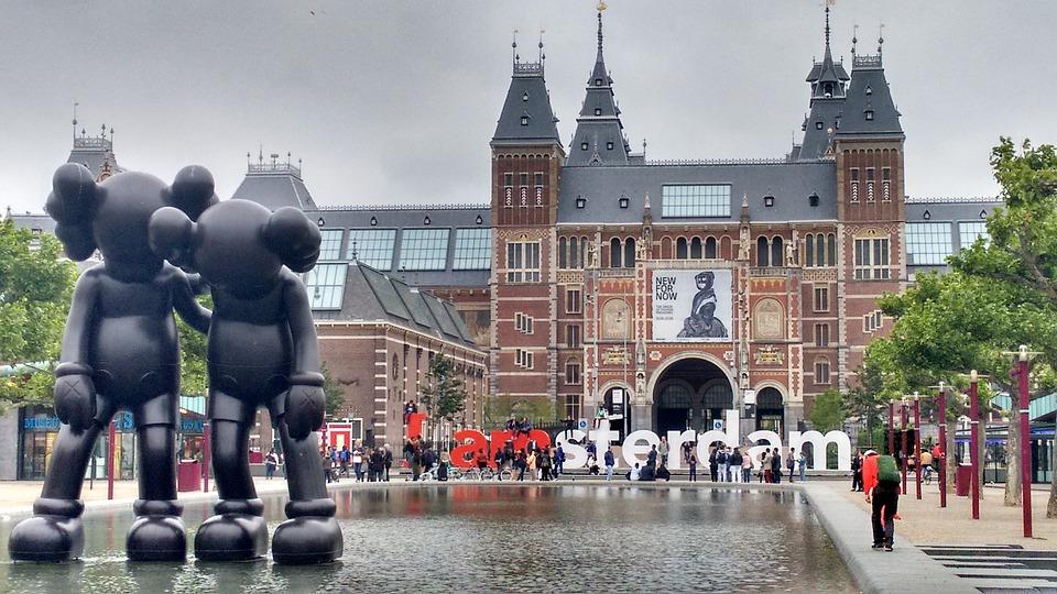 A estação de Amsterdã foi evacuada, e o tráfego ferroviário, interrompido. Foto: reprodução/Pixabay