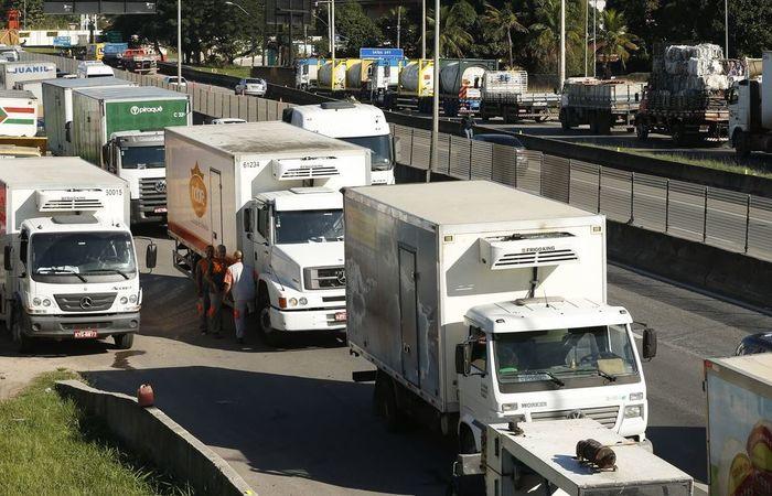 """""""A greve de caminhoneiros foi uma das principais influências sobre o PIB do segundo trimestre"""", disse Claudia. Foto: Tomaz Silva/ Agência Brasil"""
