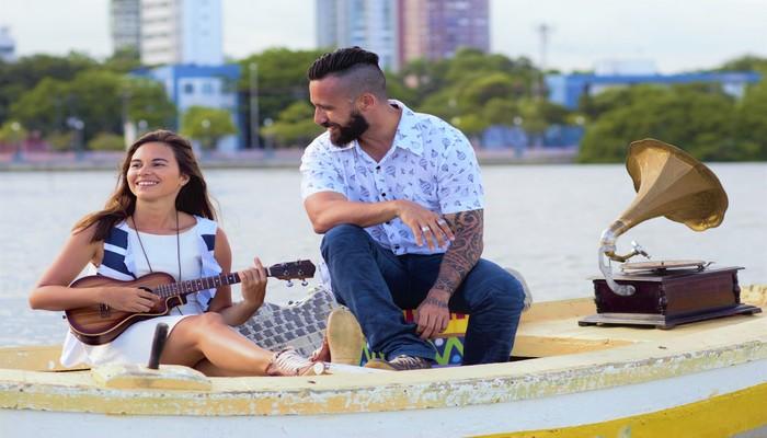 Com referências na nova MPB, o projeto tem o objetivo de agradar o publico com canções românticas e leves. Foto: Thiago França/Divulgação