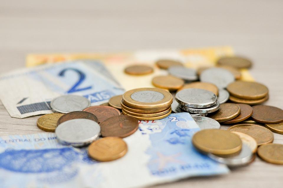 Atualmente o salário mínimo é de R$ 954. Foto: Reprodução/Pixabay (Foto: Reprodução/Pixabay)