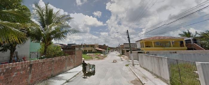 Adolescente foi assassinado na Travessa da Esperança em plena luz do dia. Imagem: Google StreetView (Out2013)