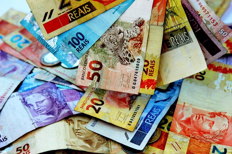 O DI para janeiro de 2021 marcava 9,94%, de 9,81%, enquanto o vencimento para janeiro de 2023 exibia 11 51%, de 11,39% no ajuste anterior. Foto: reprodução/Pixabay