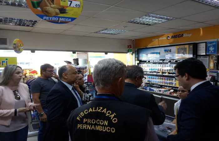 Imagens: Procon-PE/Divulgação