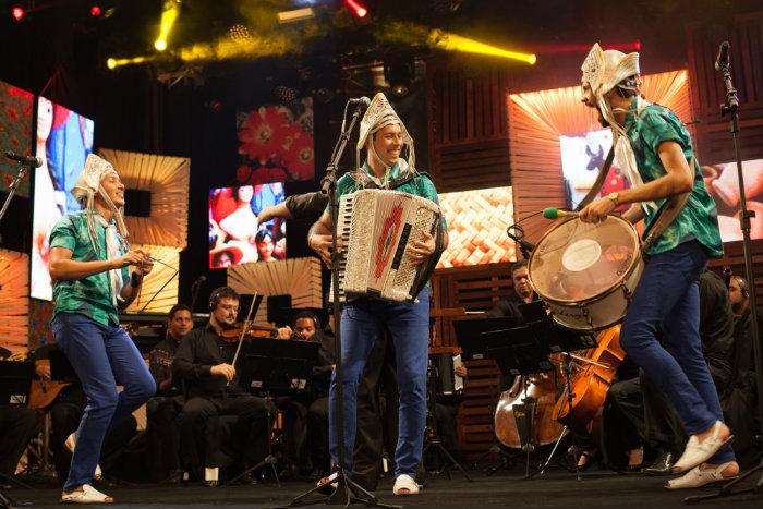 Com 17 anos de carreira, o grupo apresenta o quarto DVD, registro do show gravado em novembro de 2017. Foto: Divulgação