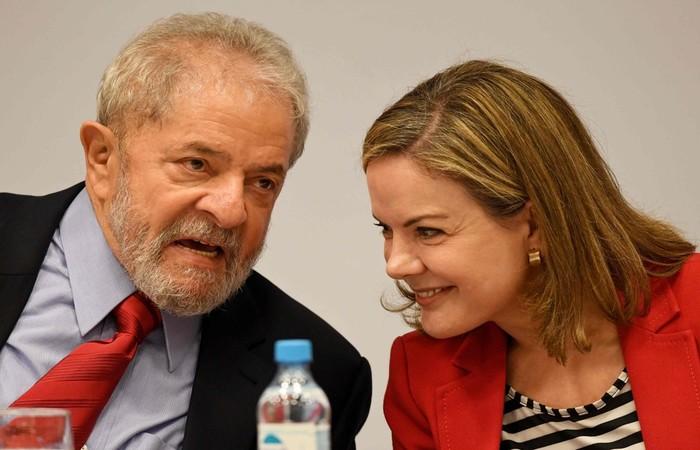 """Segundo a petição, os poderes passados por Lula a Gleisi """"limitam-se à atuação para defender seus interesses eleitorais"""". Foto: Evaristo Sá/AFP (Foto: Evaristo Sá/AFP)"""