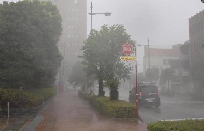 O tufão foi o mais forte a atingir o Japão em 25 anos, informou a agência meteorológica do país. Foto: JIJI PRESS / AFP