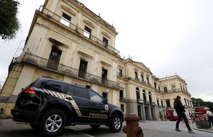 Como o Museu é ligado a UFRJ, a investigação das causas da tragédia está sendo conduzida pela polícia federal. Foto: Tânia Rêgo/ Agência Brasil