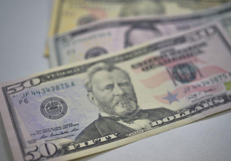 Dólar custa hoje R$ 4,15. Foto: Arquivo/Agência Brasil