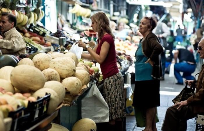 Por outro lado, os outros seis grupos de despesa tiveram alta da taxa, entre eles a alimentação (de -0,45% para -0,40%). Foto: Reprodução/Internet
