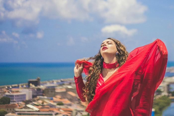 A cantora e compositora Joanah Flor é uma das convidadas. Foto: Suzanny Carvalho/Divulgação