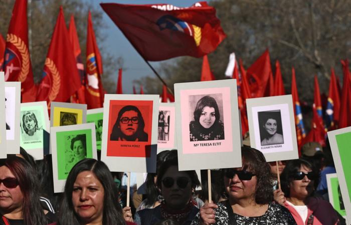 Muitos protestos estão sendo realizados no país pelas vítimas que continuam desaparecidas. Foto: CLAUDIO REYES / AFP