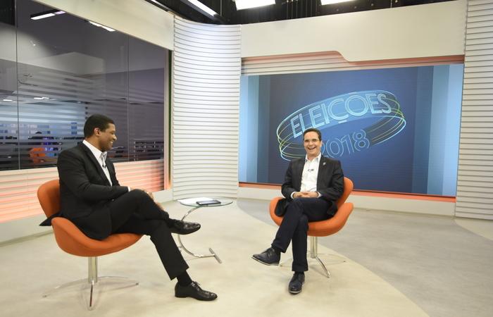 Mauricio Rands participou de sabatina promovida pela Tv Globo Nordeste ontem. Foto: Keila Castro / Pros