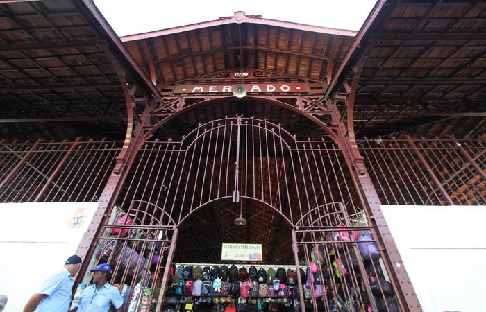 Estrutura metálica é a mesma do antigo Mercado de Caxangá, desmontado em 1928. Foto: Nando Chiappetta/DP/D.A Press